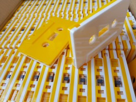 Half yellow/White cassette