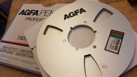 "AGFA 10.5"" x 1/4"" metal reel spool + box"